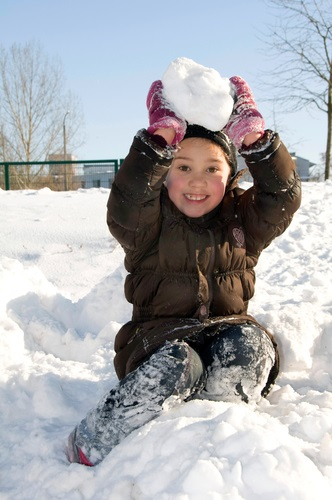 kid_in_snow