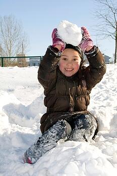 kid_in_snow